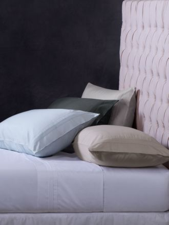 Cambridge Standard Pillowcase Pair
